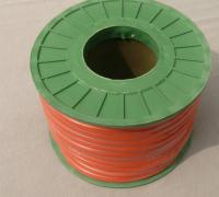 Бензошланг 4мм резиновый (красный)