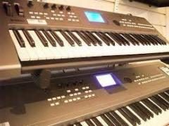 Продается Ямаха Мотиф XS8 88-клавишная Клавиатура